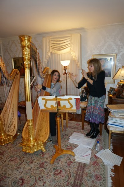 My first Harp lesson with Gloria