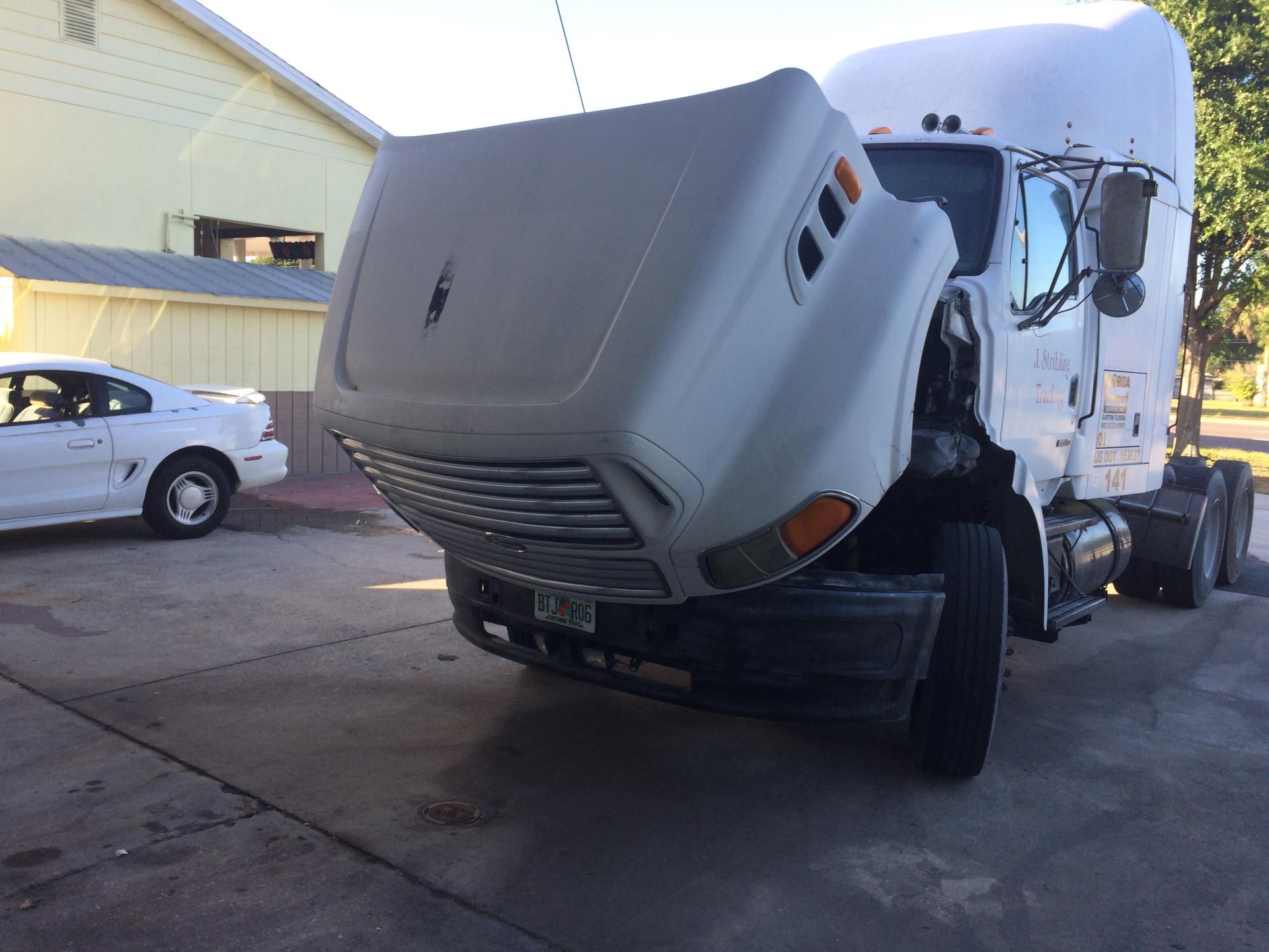 Heavy truck maintenance and Repairs