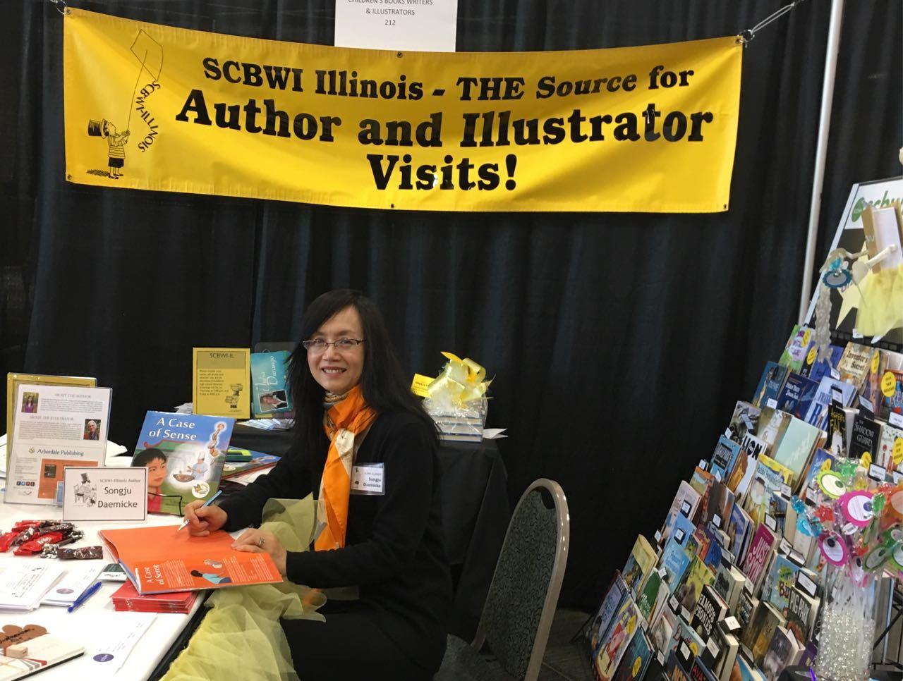 Book signing at 2016 ISLMA