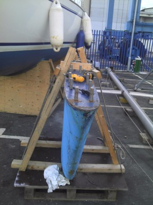 Yacht keels removed & refitted