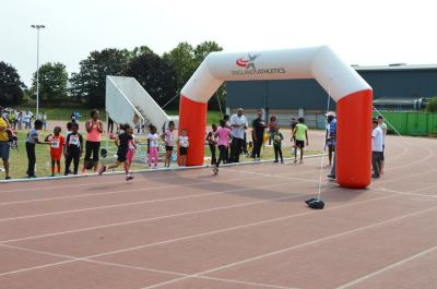 newham athletics young run