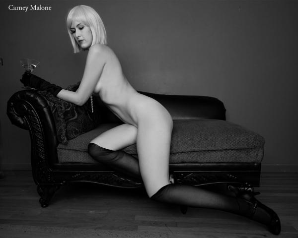 Elegant Nude 2