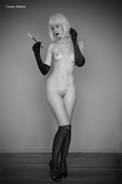 Elegant Nude 3