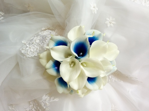 Royal Blue wedding flowers, silk wedding bouquet, destination wedding, silk wedding flowers bouquets CANADA