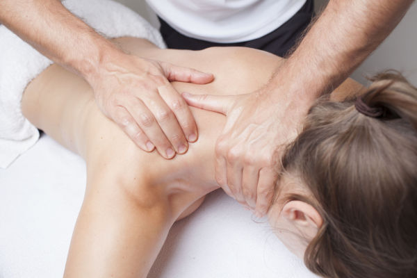 Osteopathic neck and shoulder pain treatment