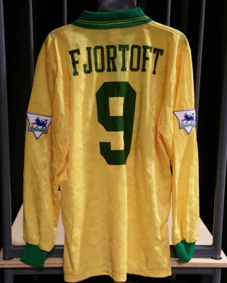 1993 Away Shirt Fjortoft 9