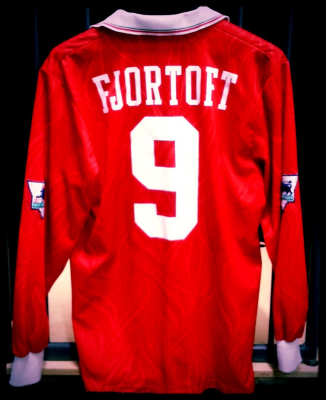 1993 Home Shirt Fjortoft 9