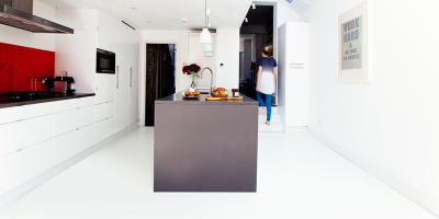 Awesome white rubber flooring in action!