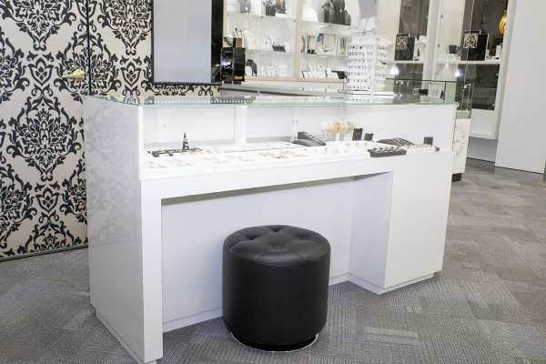 #jewellery #gold #cityofgold #interiordesign #jewelleryshop