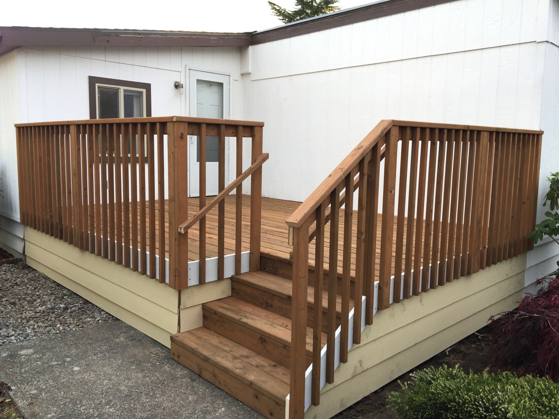 Deck Contractor Serving Everett, WA