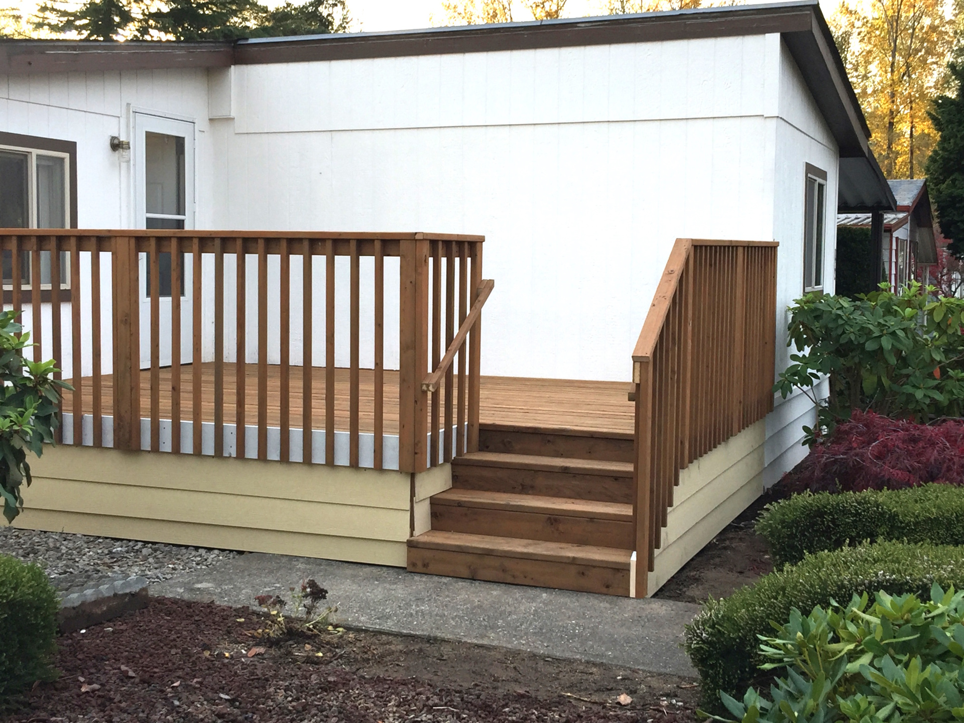 Deck Contractor Everett, WA