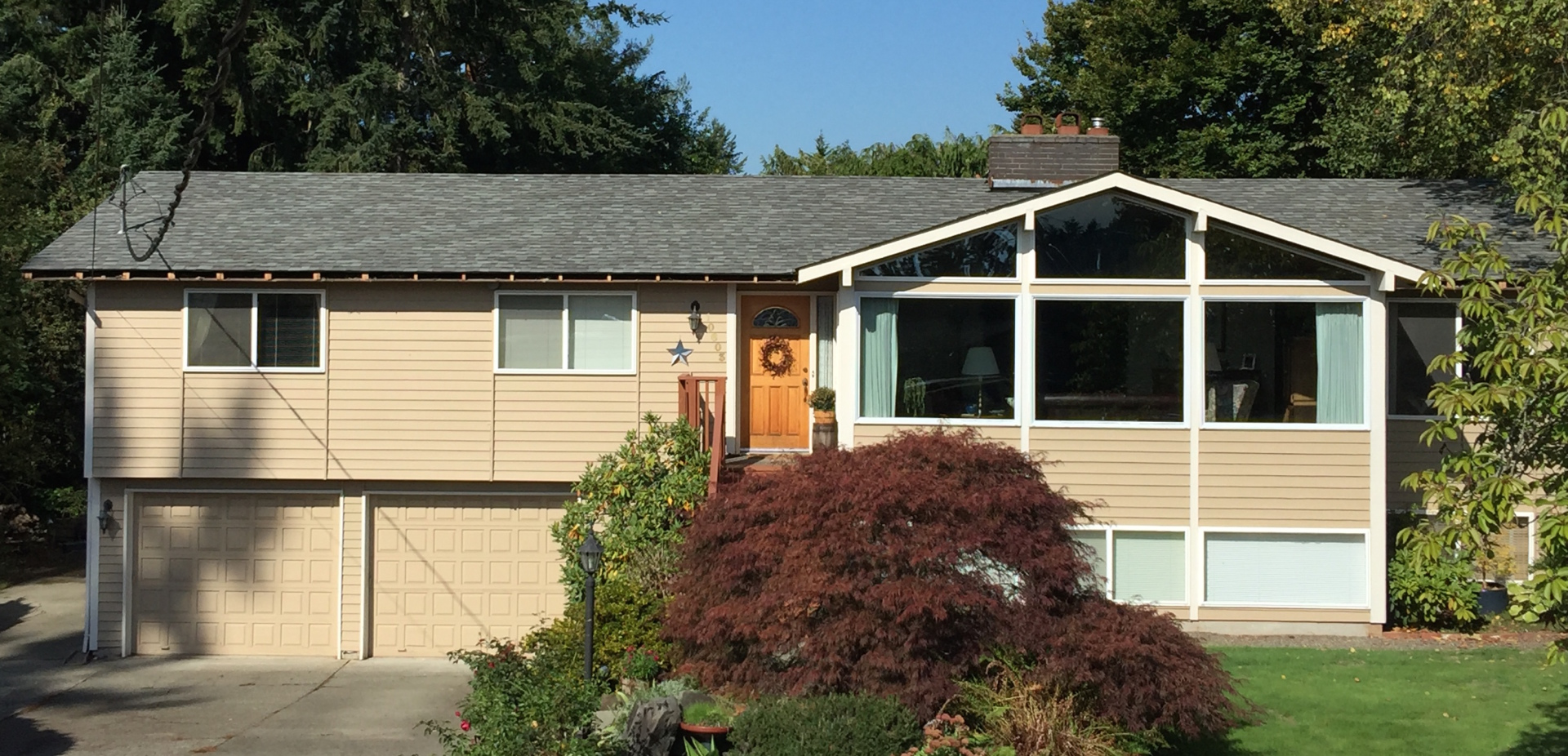 residential roofing contractor in Edgewood, WA