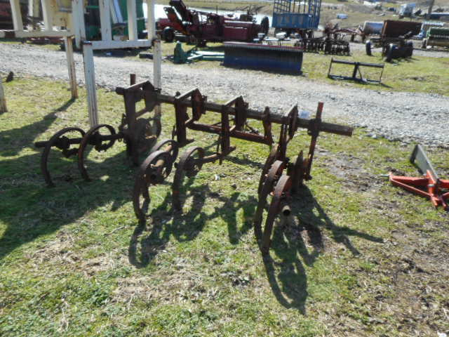 #5414 - A.C. CULTIVATOR WITH SNAP COUPLERS - $300.00