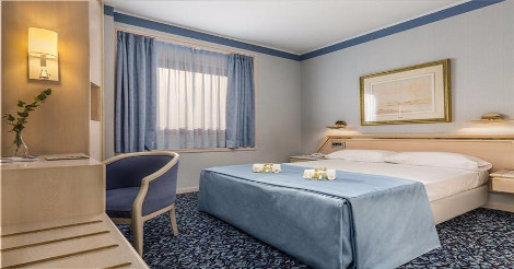 4 Star Eurostars Boston in Zaragoza Spain