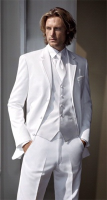 WHITE FORMAL SUIT