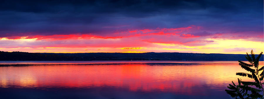 Cayuga Lake Bed and Breakfast (B&B) has lake view with wonderous sunset effects