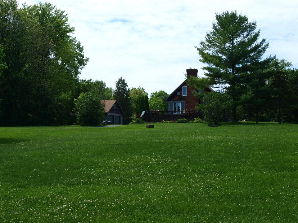 Cayuga Country Cottage is a Cayuga Wine Trail Bed and Breakfast
