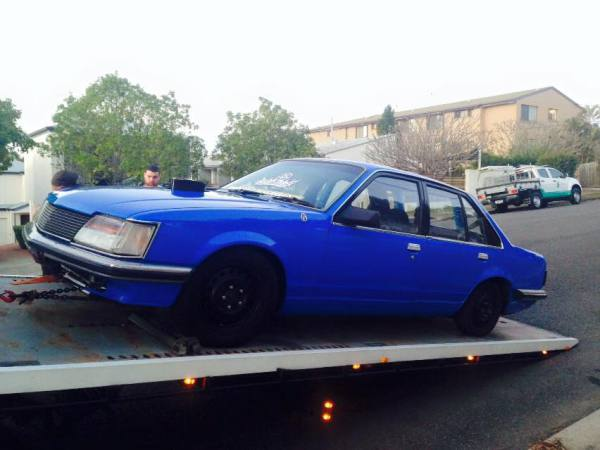 Blue powercruise tow Holden commodore Holden commodore VH Auto V8 1983 GDM Ipswich towing services, cheap reliable towing, tilt tray tow truck, Flat bed towing, Wrecking, wreckers, Scrap