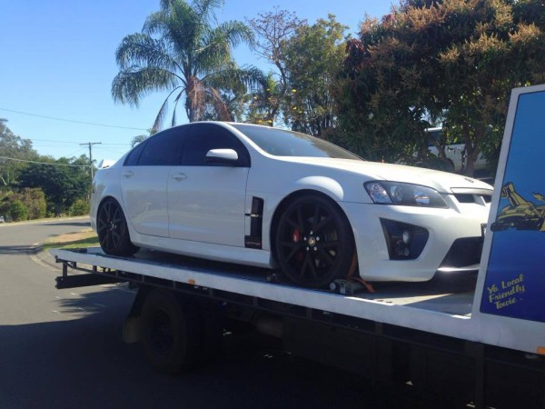 Holden VE commodore SS Manual White 2011 GDM  Ipswich towing services, cheap reliable towing, tilt tray tow truck, Flat bed towing, Wrecking, wreckers, Scrap