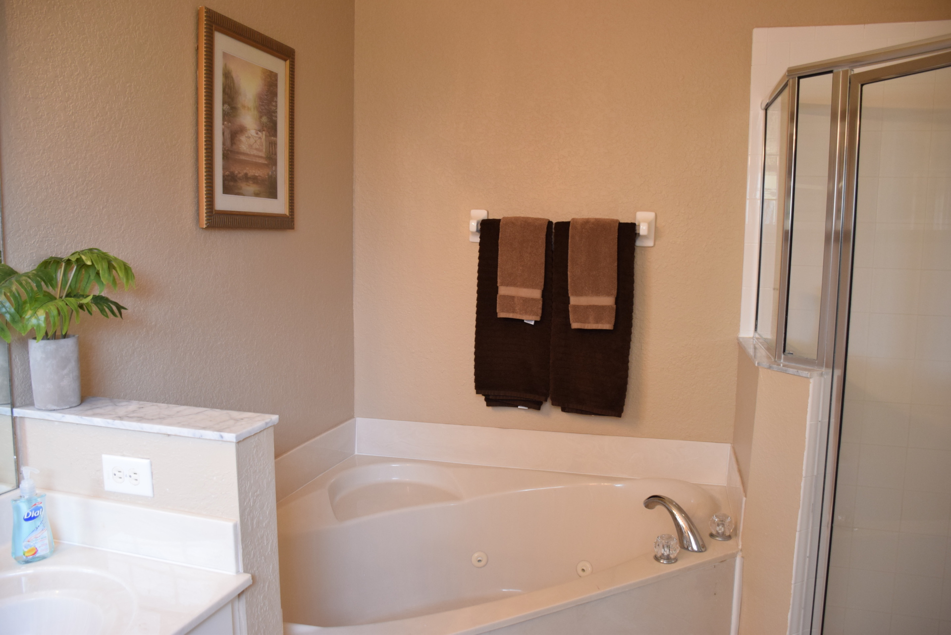 Master Ensuite Bathroom. Jacuzzi Garden Tub & Shower Stall