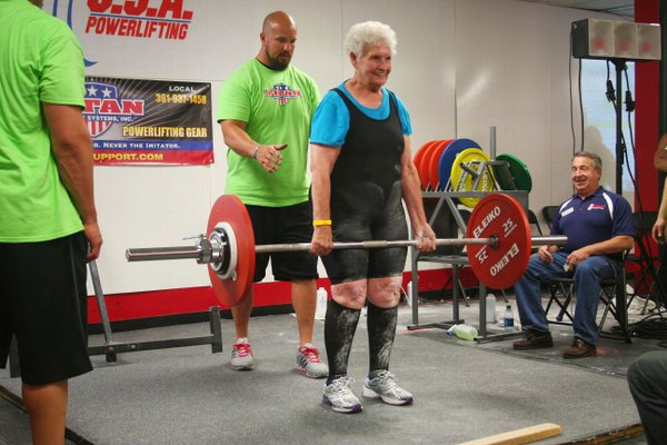elderly woman powerlifting