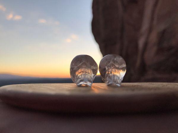 黄昏时水晶头骨