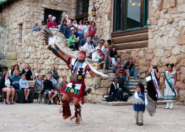 霍皮人部落表演