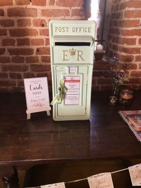 #mintgreenpostbox #mintgreenwedding #weddingpostboxhire