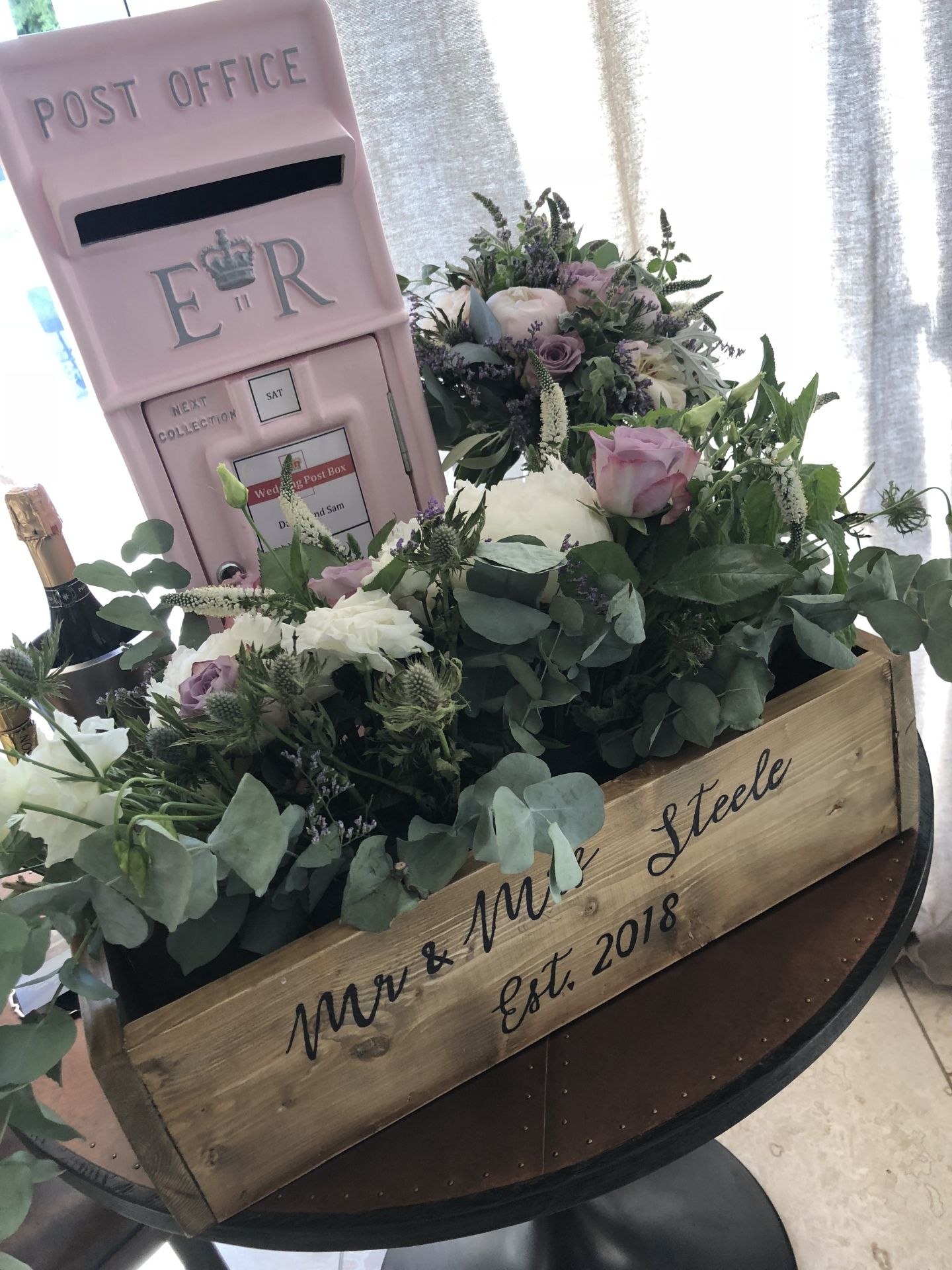#postboxhire #weddingpostbox