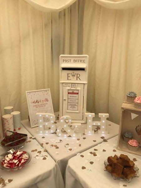 #postboxhire #ivorypostbox #weddingpostbox