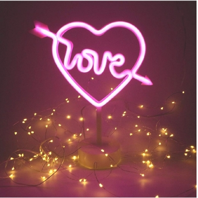 Pink Love Heart Sign - £5 hire