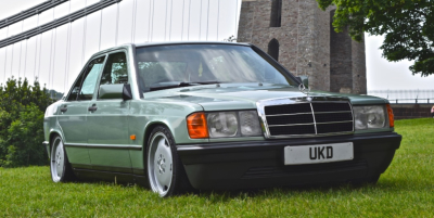 MERCEDES-BENZ 190E 2.0 AUTO GREEN 1989