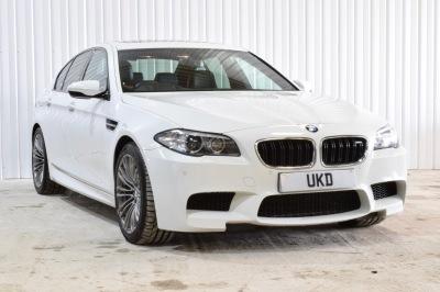 BMW M5 4DR SALOON WHITE 2013