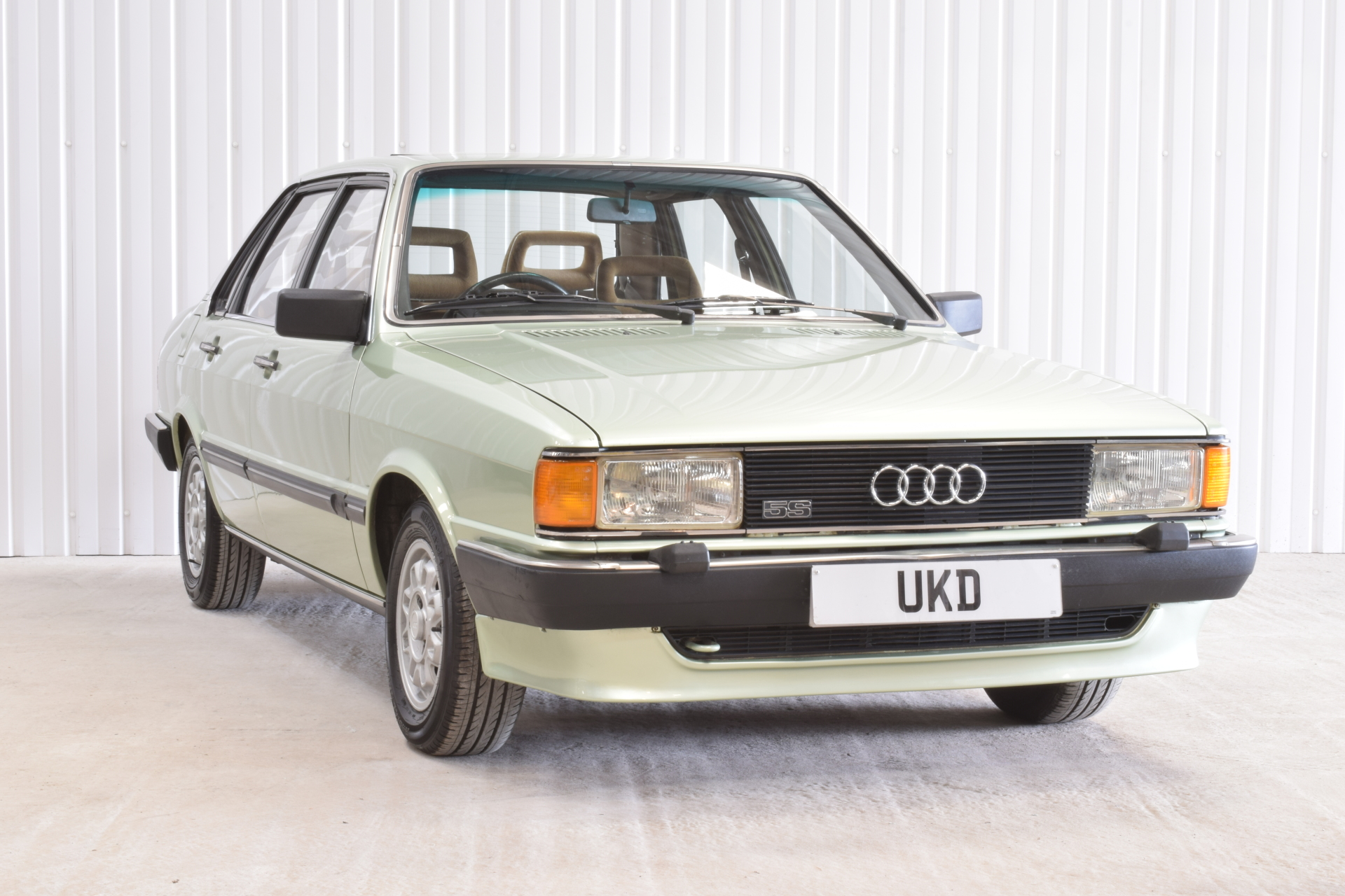 AUDI 80 CD GREEN 1982 4DR SALOON