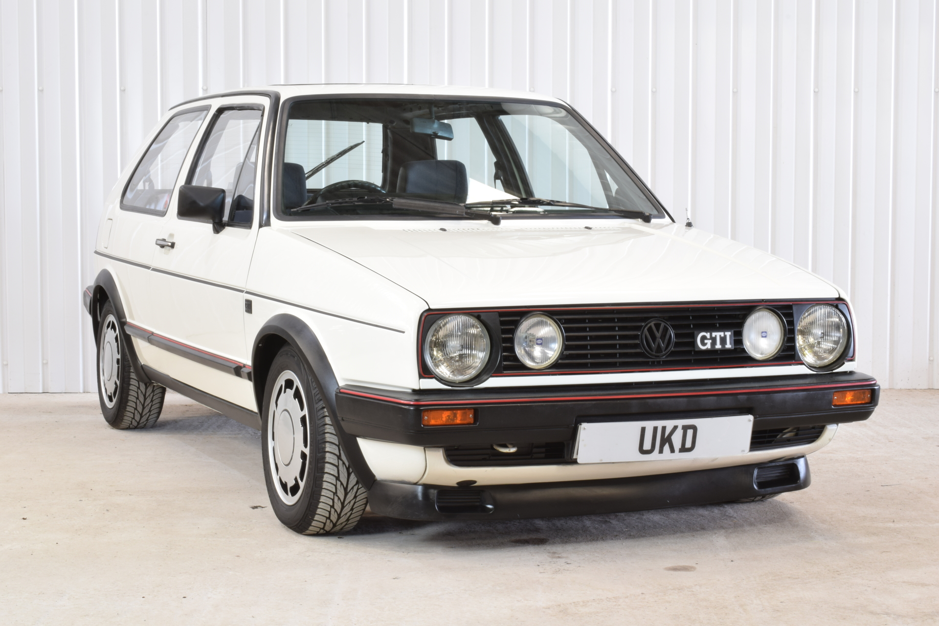 VW GOLF MK2 GTI 3DR 1984 WHITE