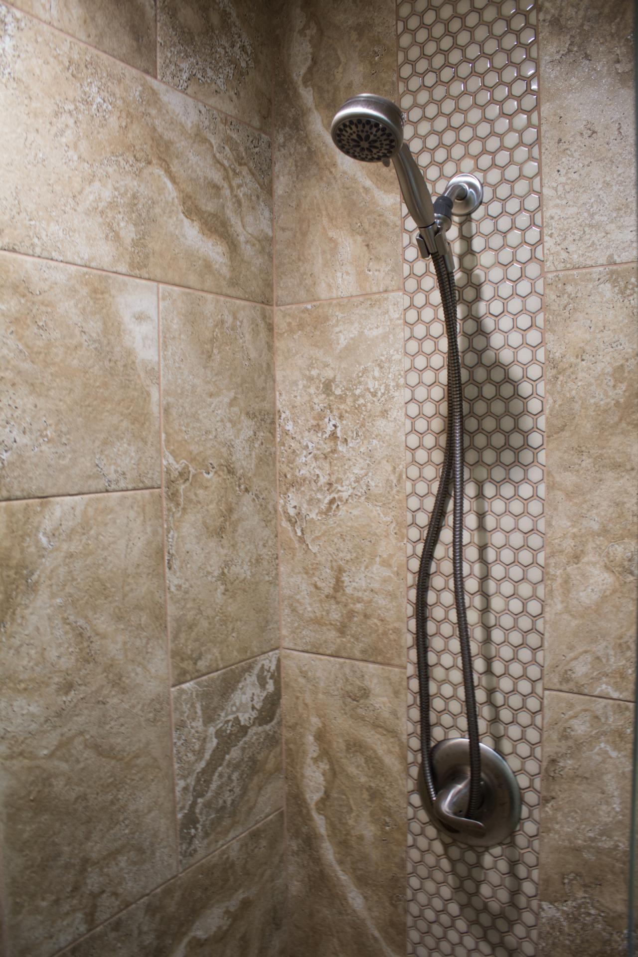 jarrell-signature-hall-bathroom-remodel-8