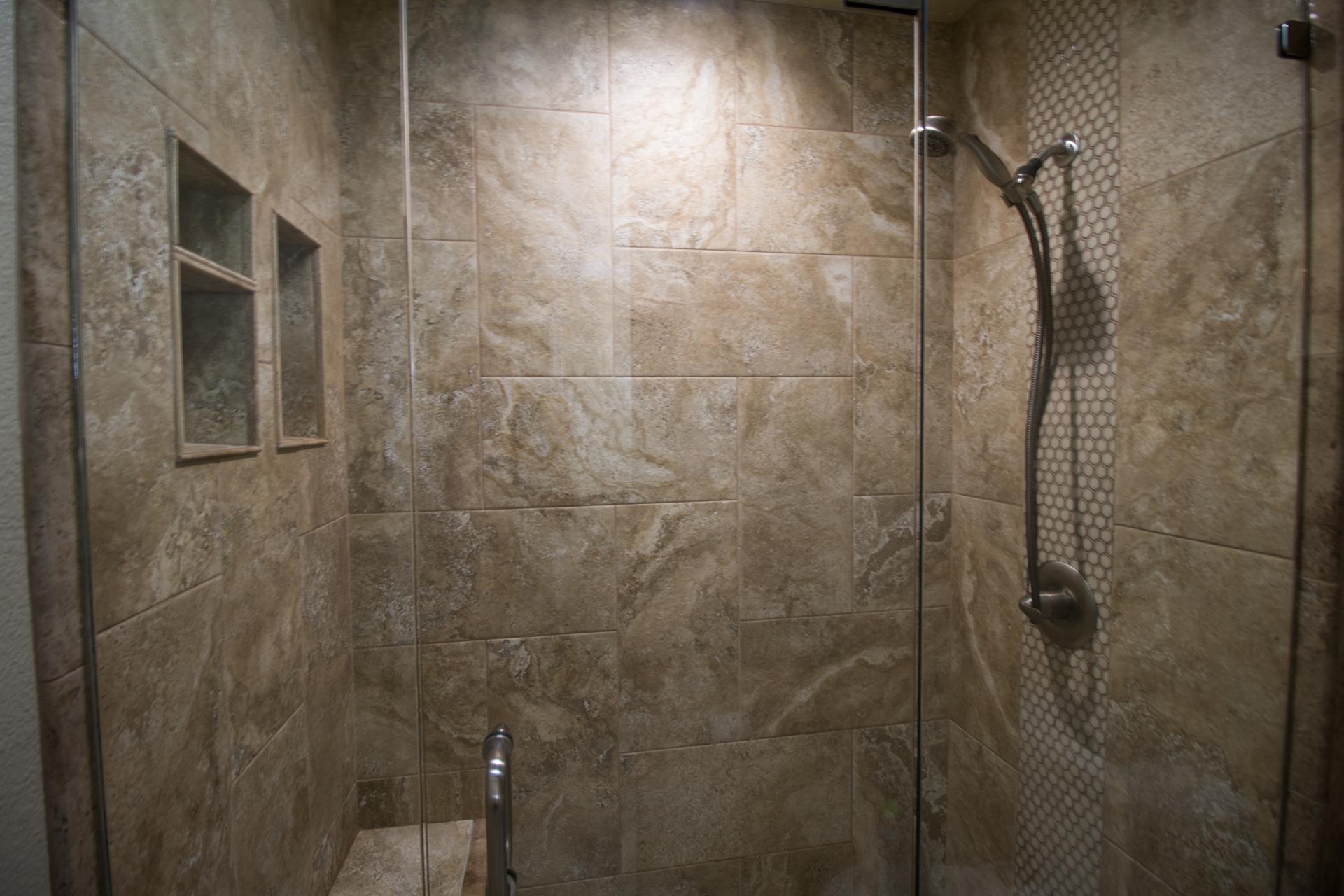 jarrell-signature-hall-bathroom-remodel-7