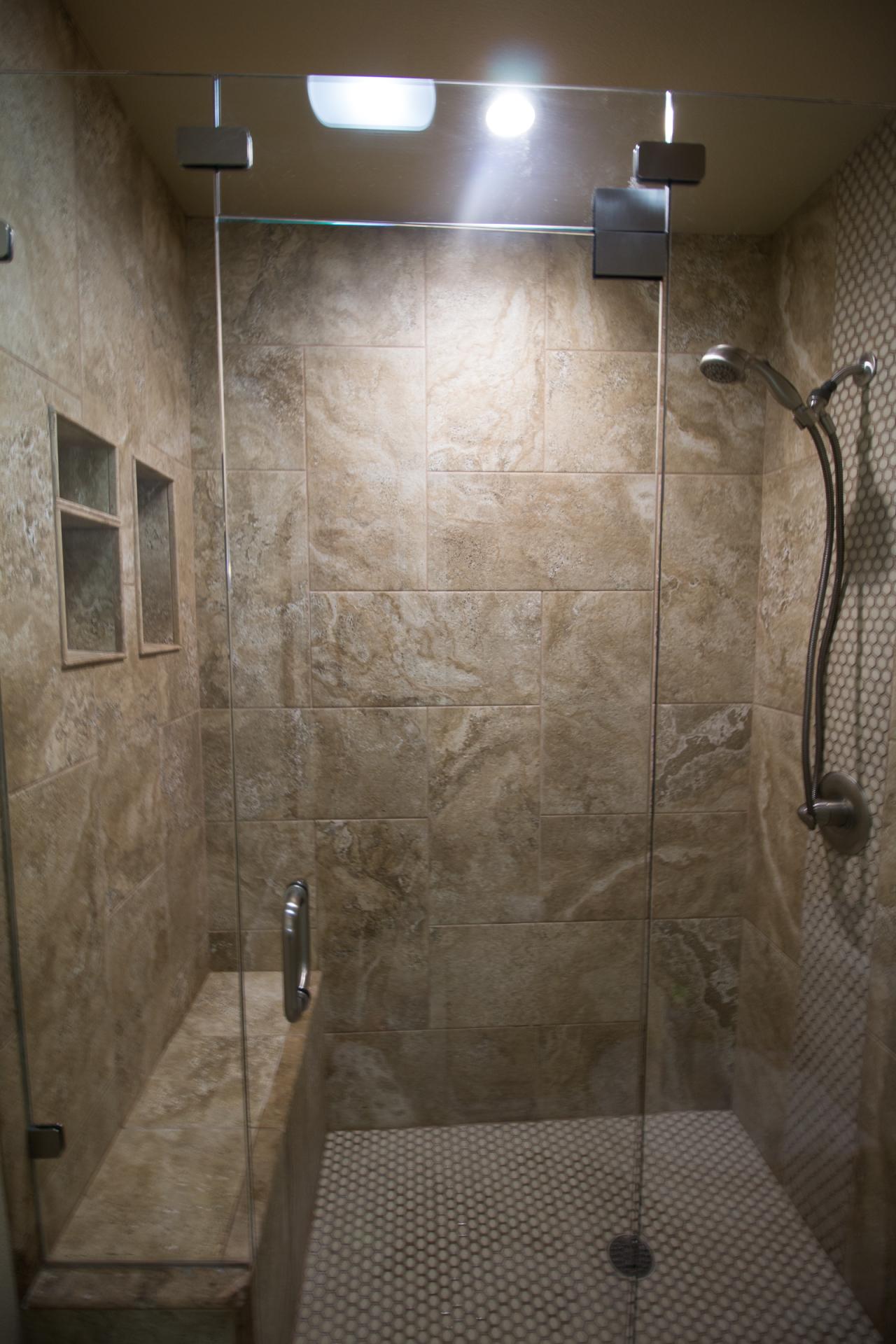 jarrell-signature-hall-bathroom-remodel-6