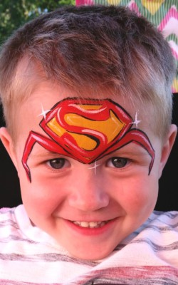 Yuba City face painter, Yuba. Sutter, Colusa, Butte, California, Northern California, San Francisco, Petaluma, Rohnert Park, Sacramento, Superman face art, superman face painting, face painting, super hero