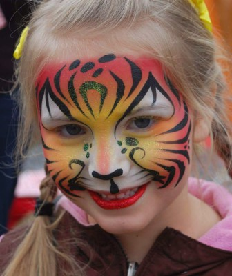 Yuba City Face Painter, Yuba City, CA, Northern California, Tiger Face Painting, Tiger art, Yuba, Sutter, Butte, Colusa,