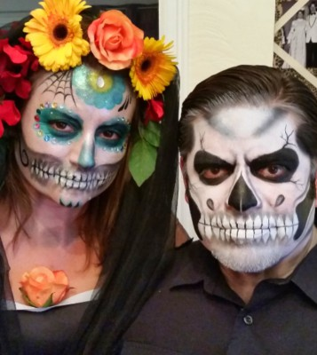 Yuba City face painter, Yuba. Sutter, Colusa, Butte, California, Northern California, San Francisco, Petaluma, Rohnert Park, Sacramento, Dia De Los Muertos, Sugar skull face painting, sugar skull make up, MUA, Halloween, SPecial FX, Costume idea, Flowers