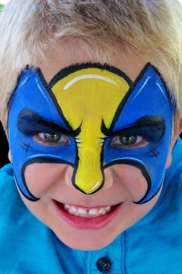 Yuba City face painter, Yuba Sutter, Butte, Colusa, California, Wolverine face art, wolverine, face painting, blue and yellow mask
