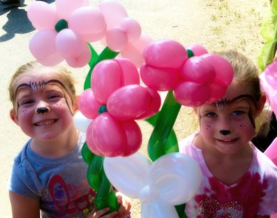 Yuba City Balloon Twister, Balloon art, Yuba, Sutter, Colusa, Butte, Gridley, Live Oak, Sacramento, Walker's Inflatables, inflatable art