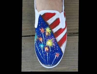 Independence canvas shoe painting class