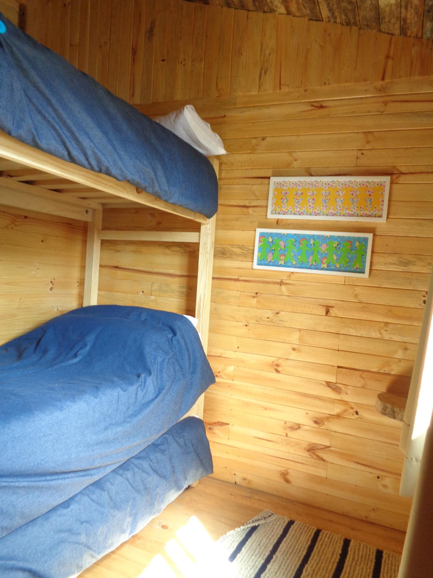 second bedroom / segundo dormitorio