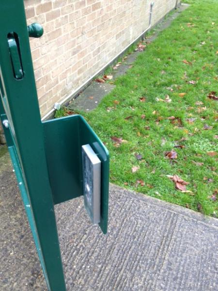 External mag mount plate
