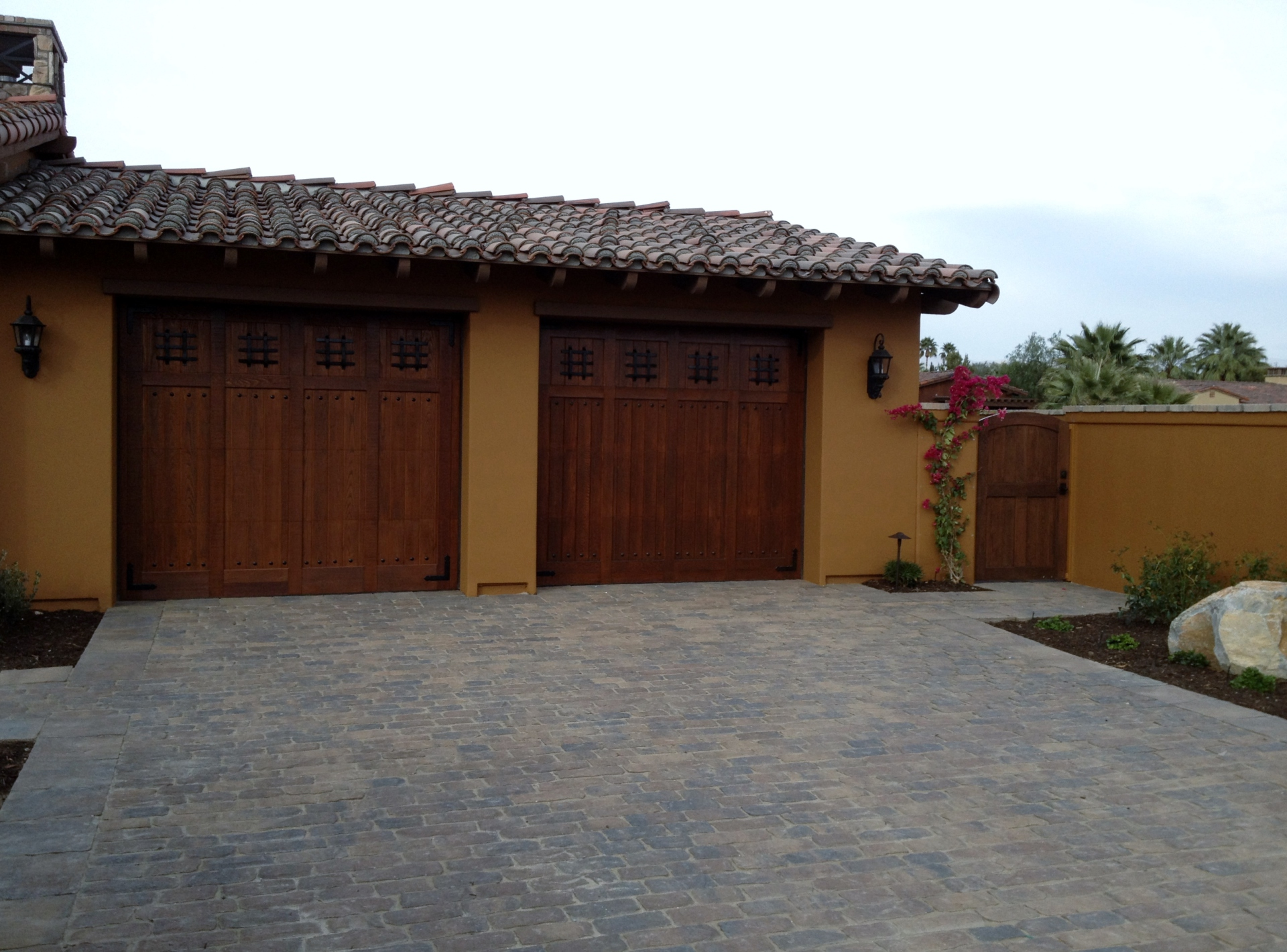 Set of Garage Doors with Gate