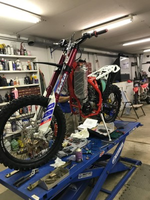 Building a Race Bike According to Bonecutter's