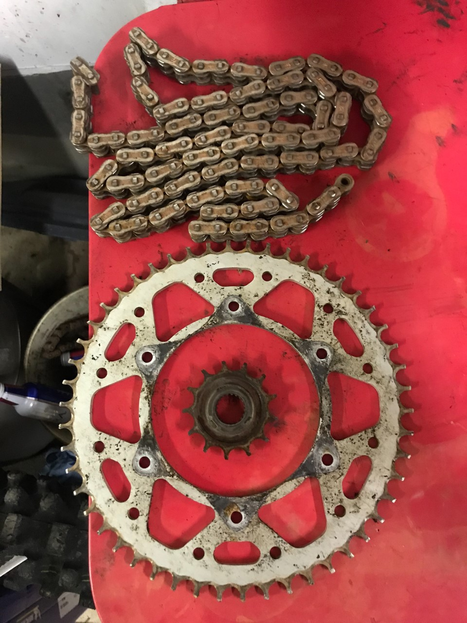 chain-and-sprockets.jpg