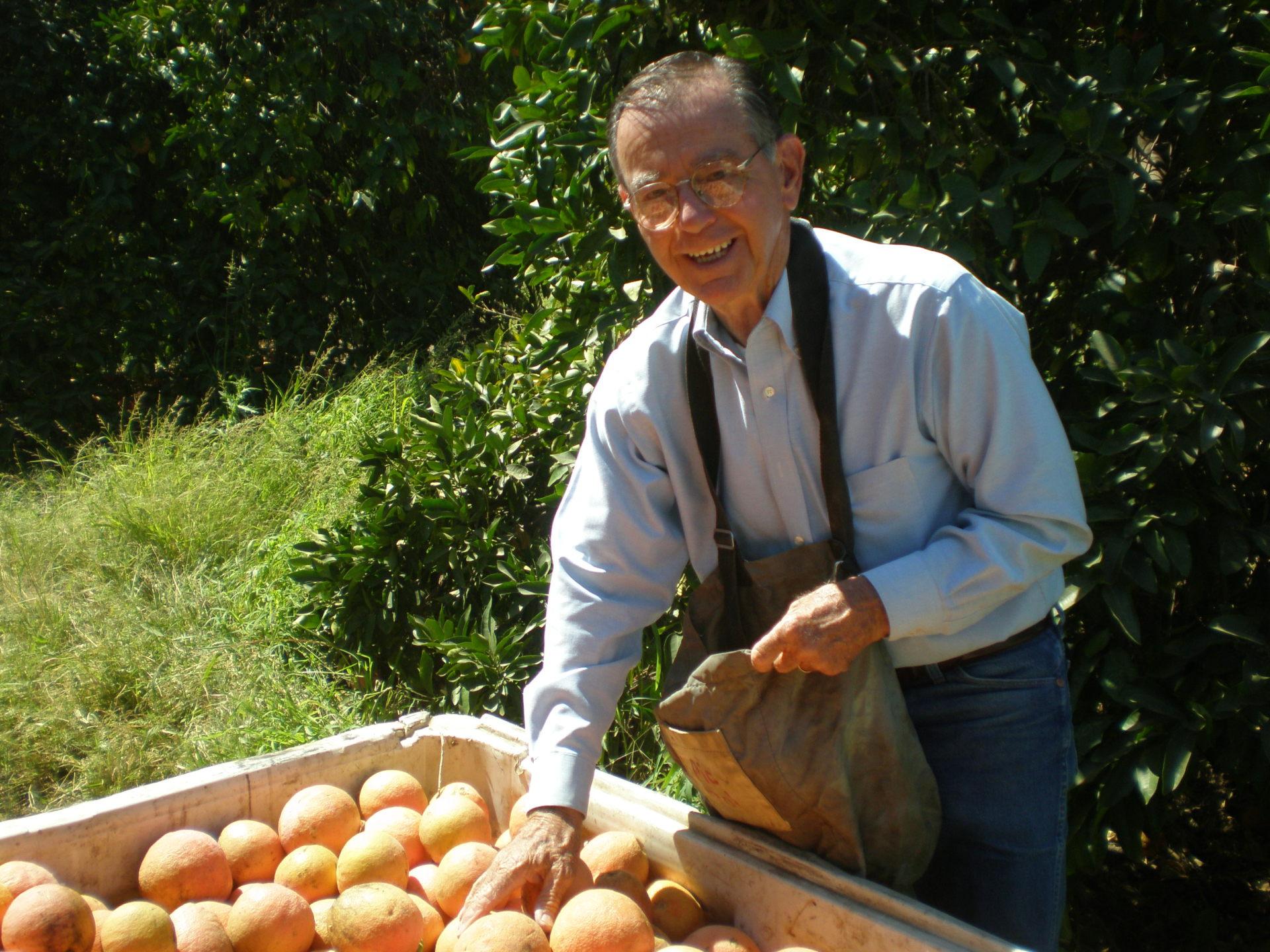 Bruce Kelsey, Manager